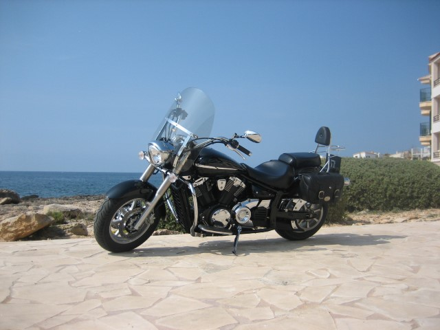 yamaha_1300_big